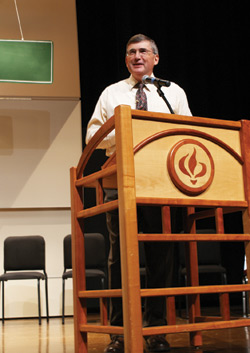 Loren Horst, president, Virginia Mennonite Missions, brought the message Thursday. Photo: Galen Lehman