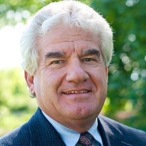 Elroy Miller, Moderator